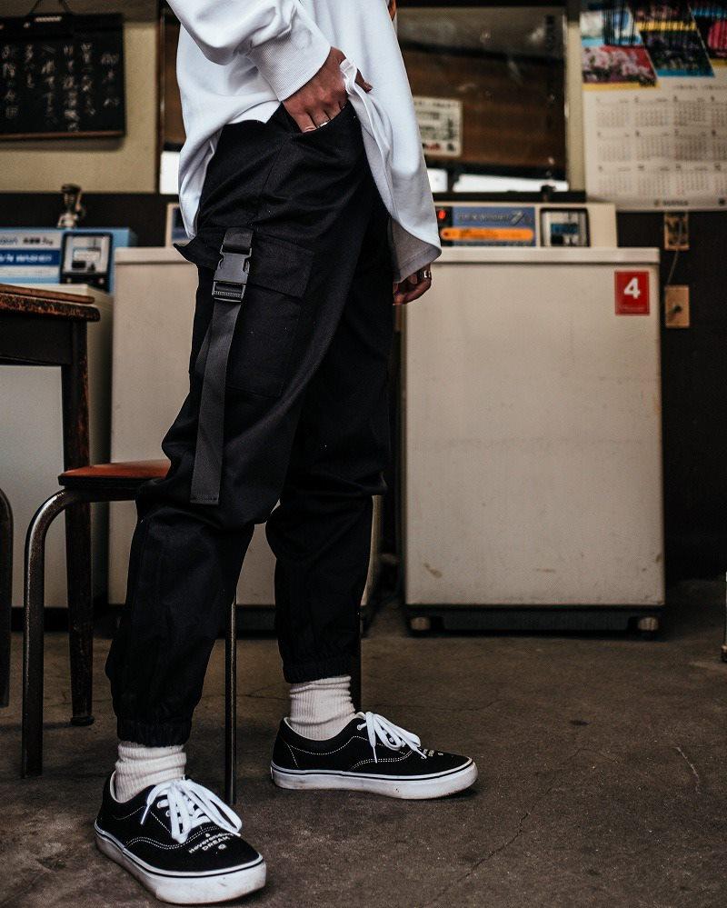 サイドベルトブラックカーゴジョガーパンツ(小さいサイズ)の画像3